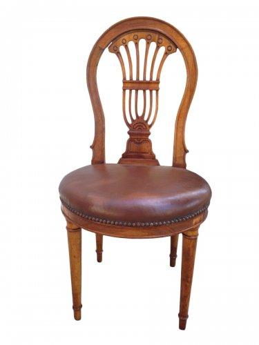 Suite de 12 chaises Jacob