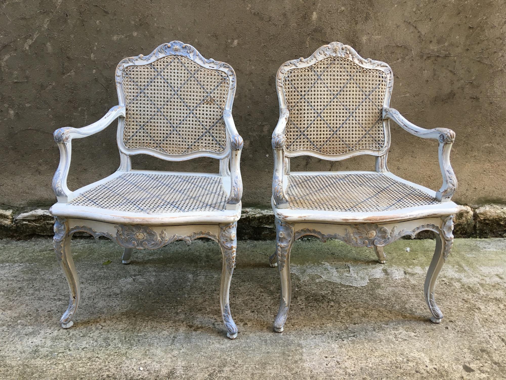Paire de fauteuils cannés d'époque Régence
