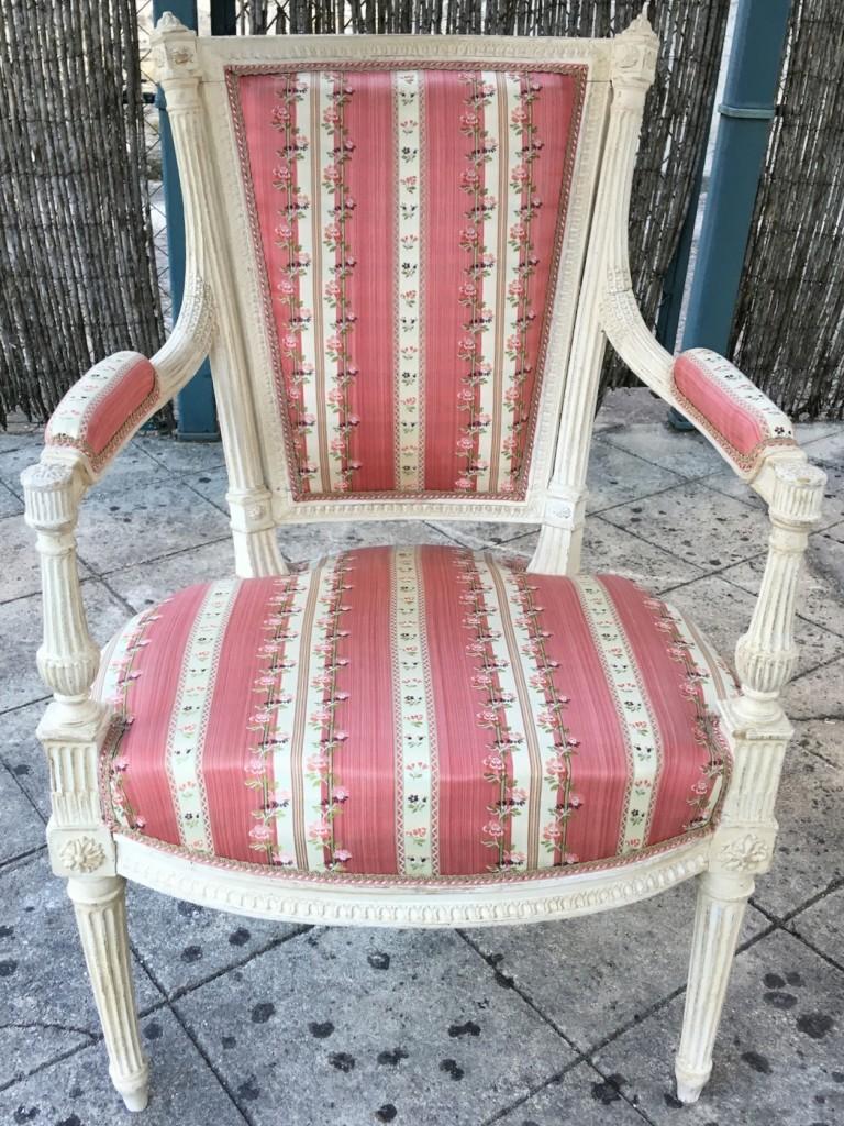 Paire de fauteuils Louis XVI Avisse 2