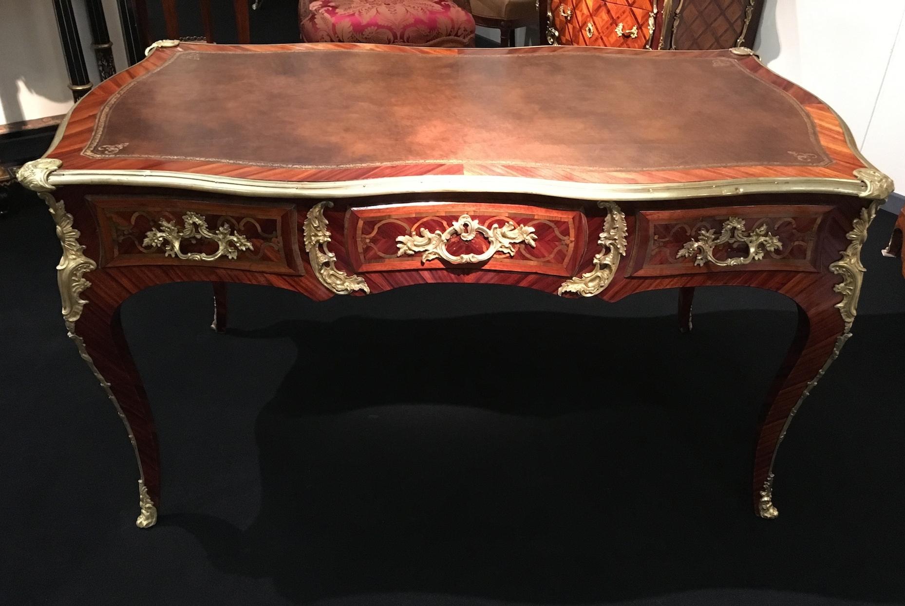 Bureau plat Epoque Louis XV