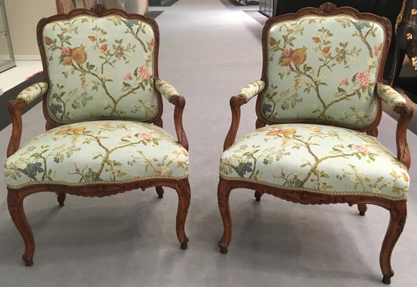 Paire de fauteuils d'époque Louis XV estampillés CRESSON