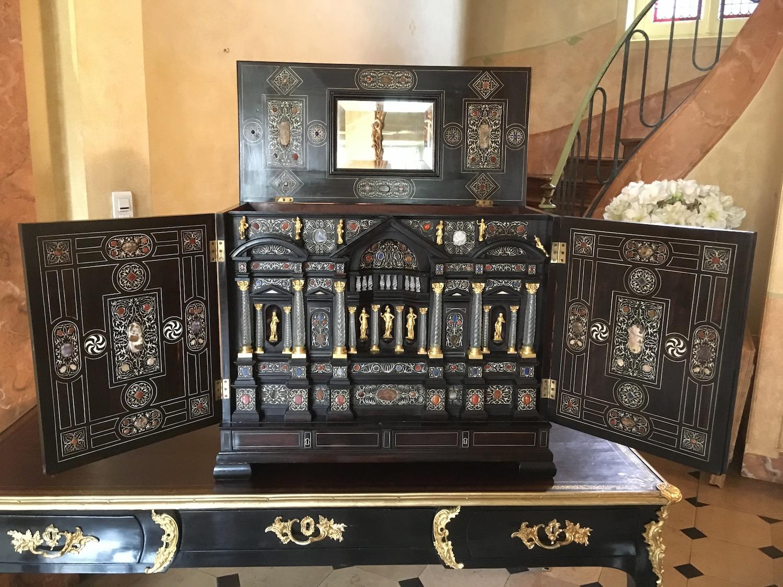 Cabinet Florentin Epoque XVIIe