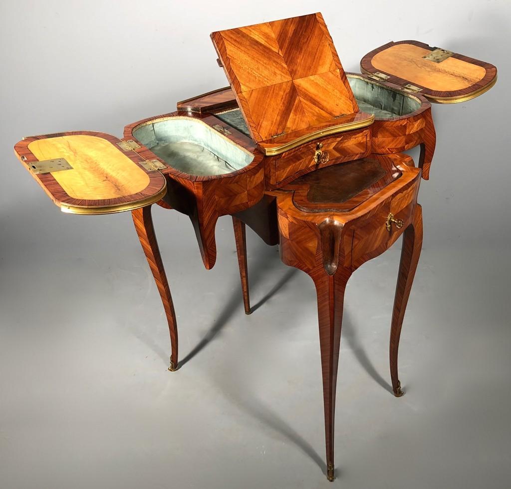 Petite table d'accouchée Claude Charles Saunier 2