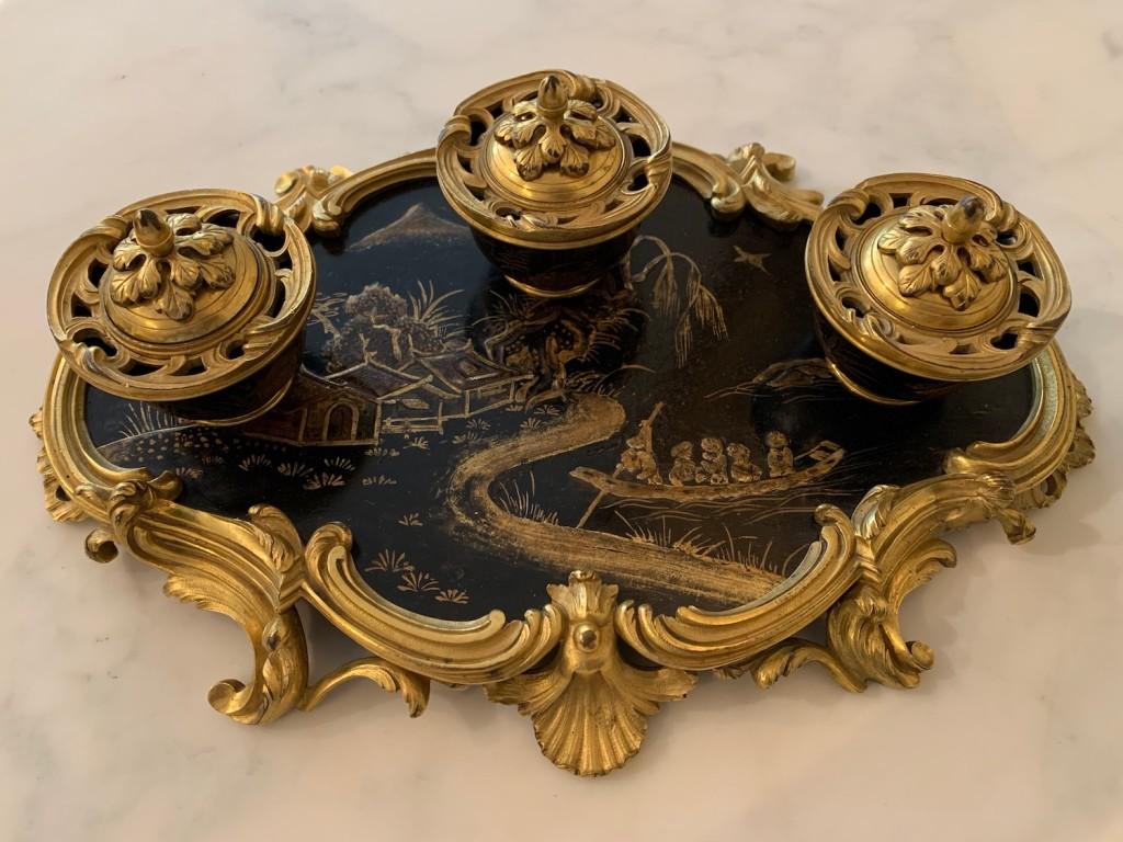 Encrier laque style Louis XV