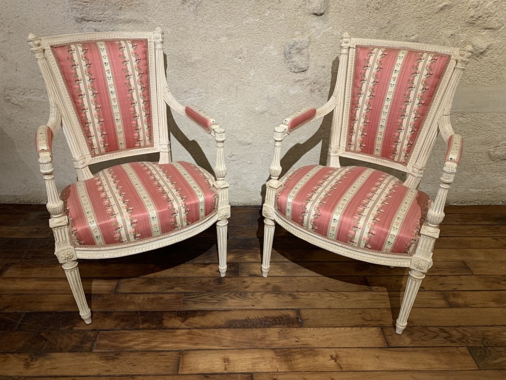 Paire fauteuils Avisse