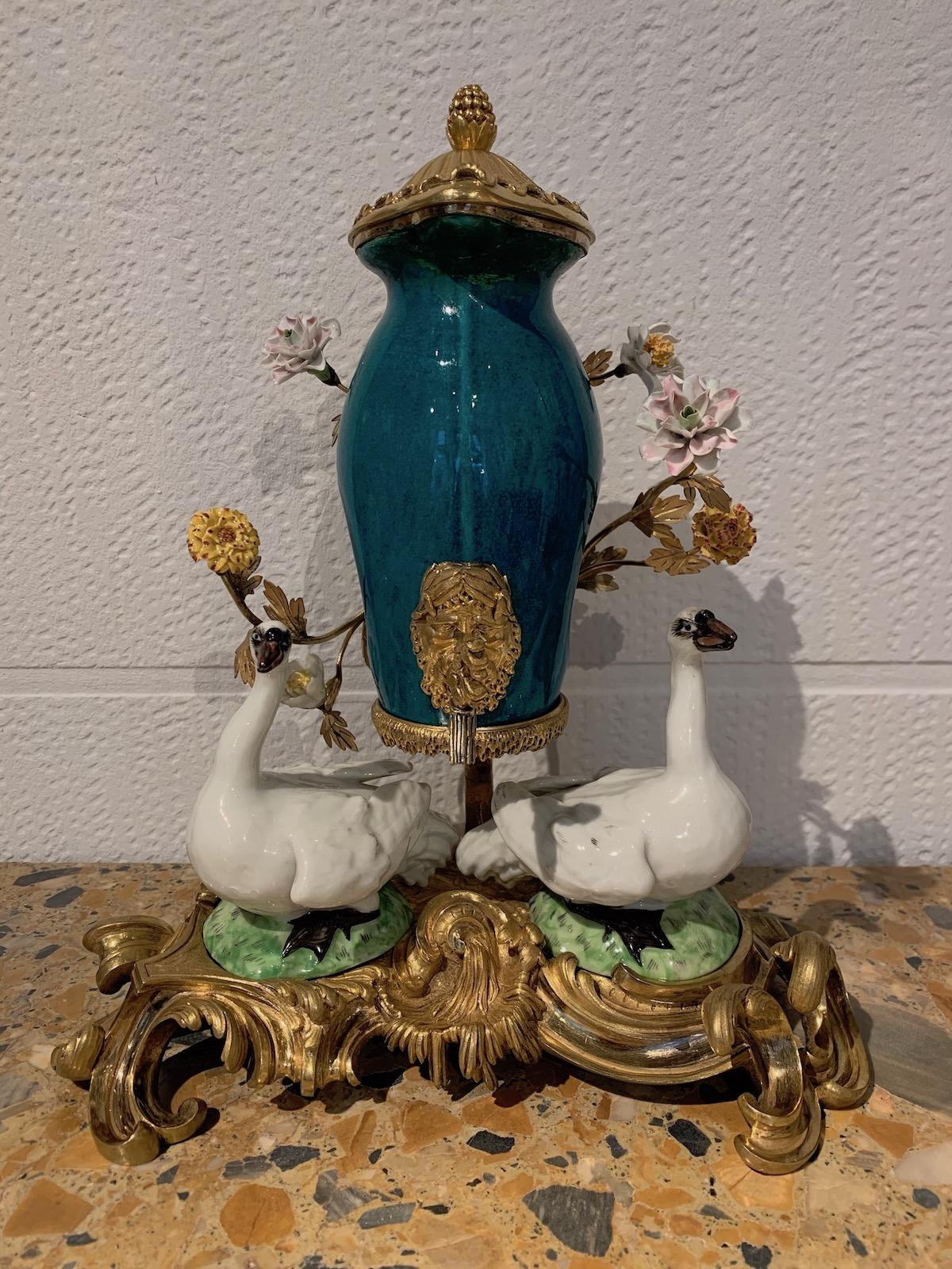 Fontaine à parfum Louis XV